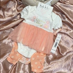 Nicole Miller NY 4 piece set NWT 0-3 months